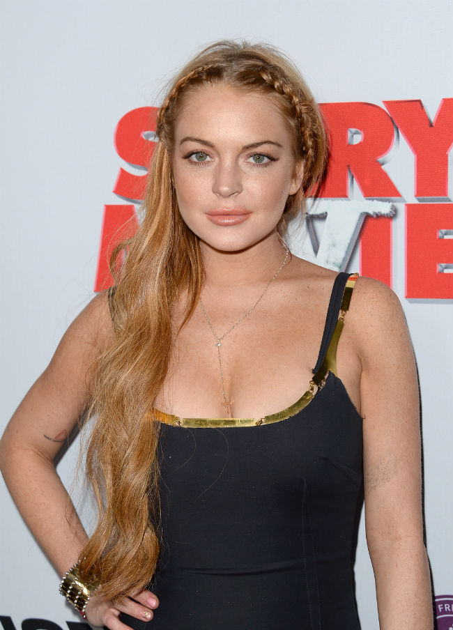 Lindsay Lohan Looked Nice At Scary Movie 5 Premiere Surprisingly Satisfashion Uganda